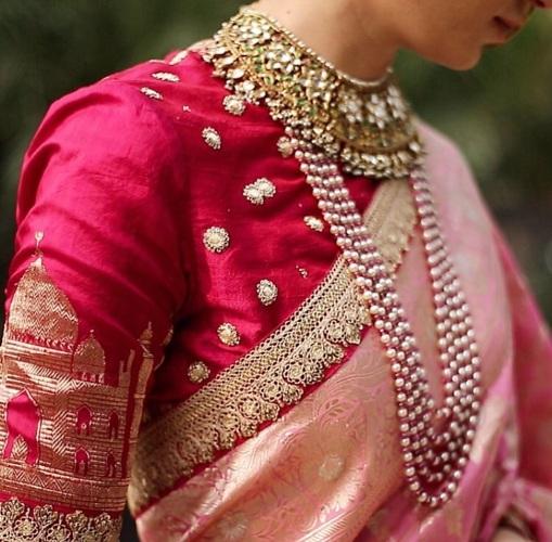 54f0dd97d9d73 Sabyasachi-DEsigner-Taj-Mahal-Motif-Blouse - It s A Glam Thing