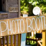 Camera in Focus – 6 Things to Keep in Mind When Using a Photobooth Outdoors