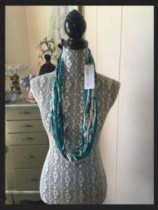 Dona Bela Shreds Neckwear